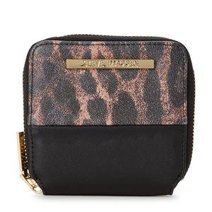 Steve Madden Mini wallet